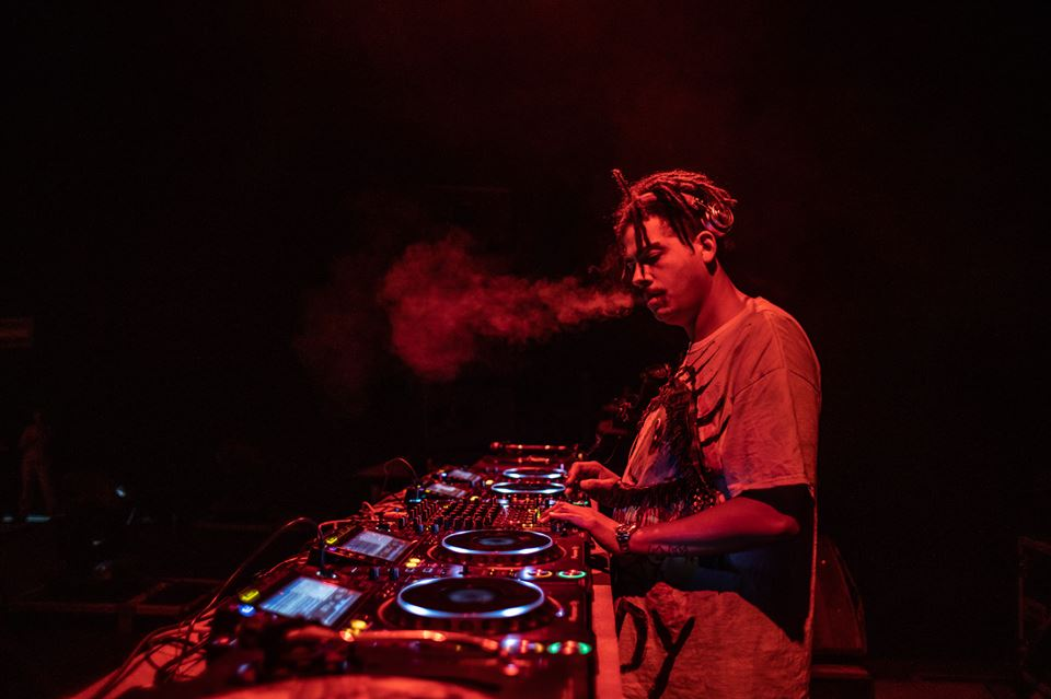 Oscillate with Seth Troxler